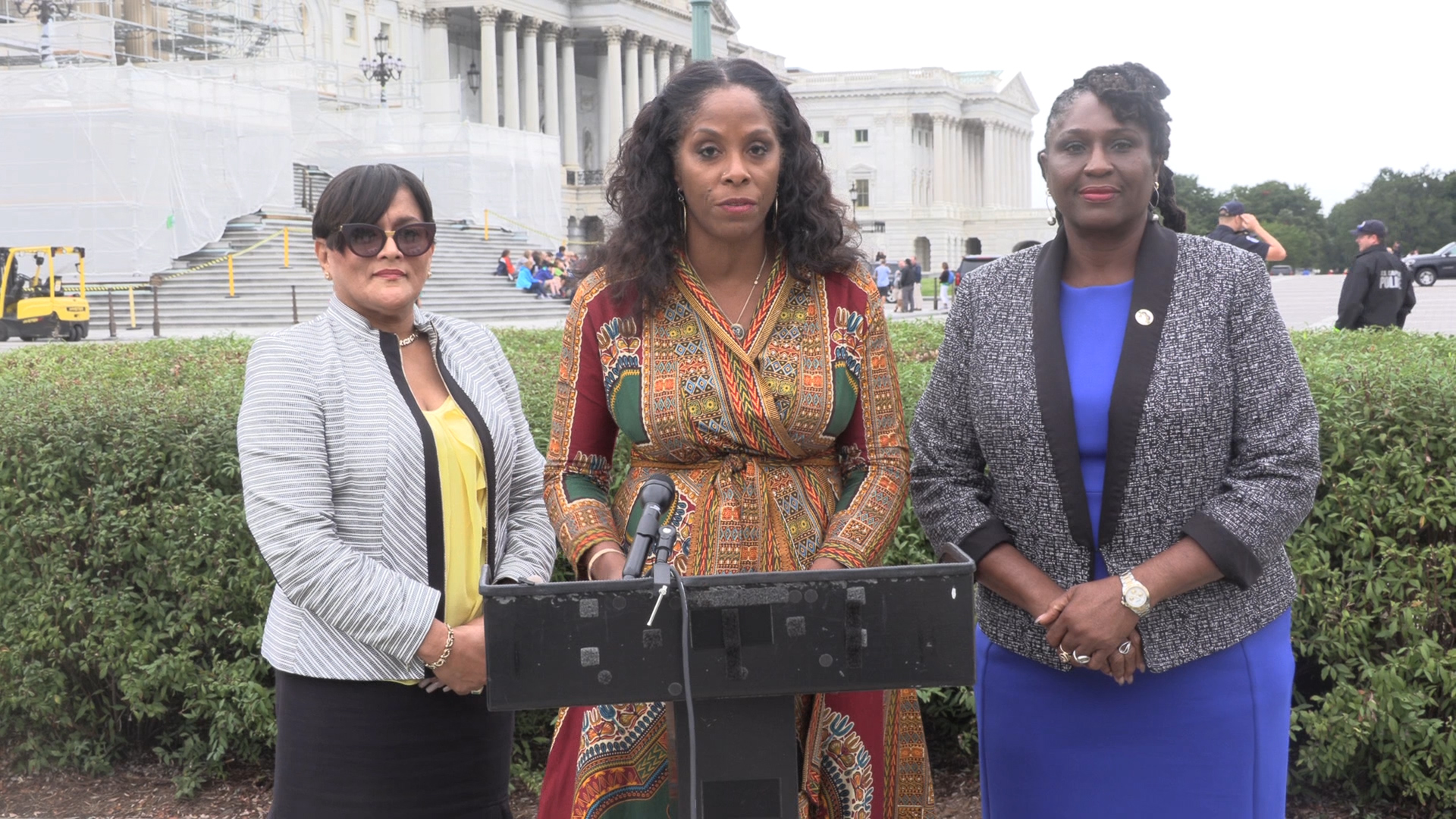 Plaskett, V.I. teacher's union leaders in D.C. pushing for school recovery funding