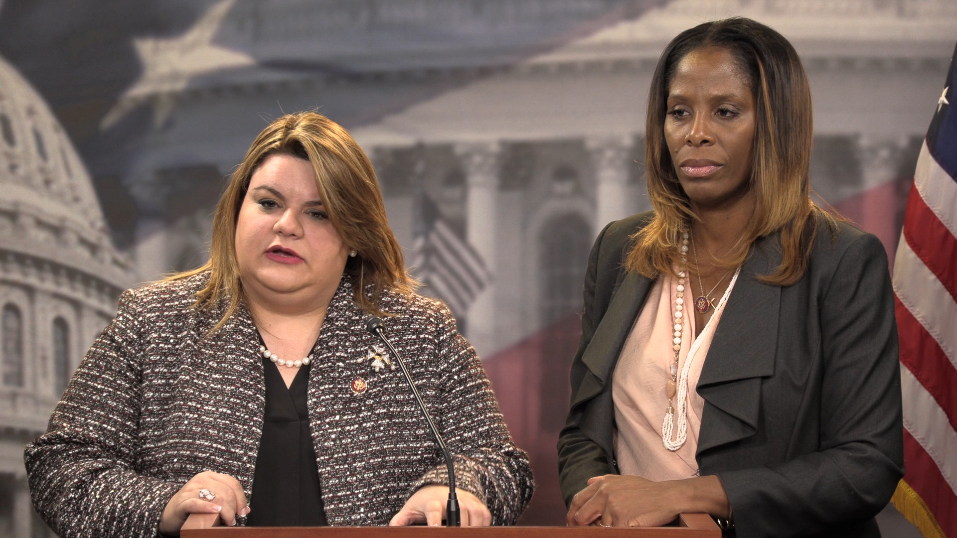 "Plaskett, Gonzalez-Colon offer solutions as ""Medicaid cliff"" looms"