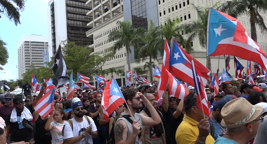 Massive march in Puerto Rico following Governors' resignation announcement
